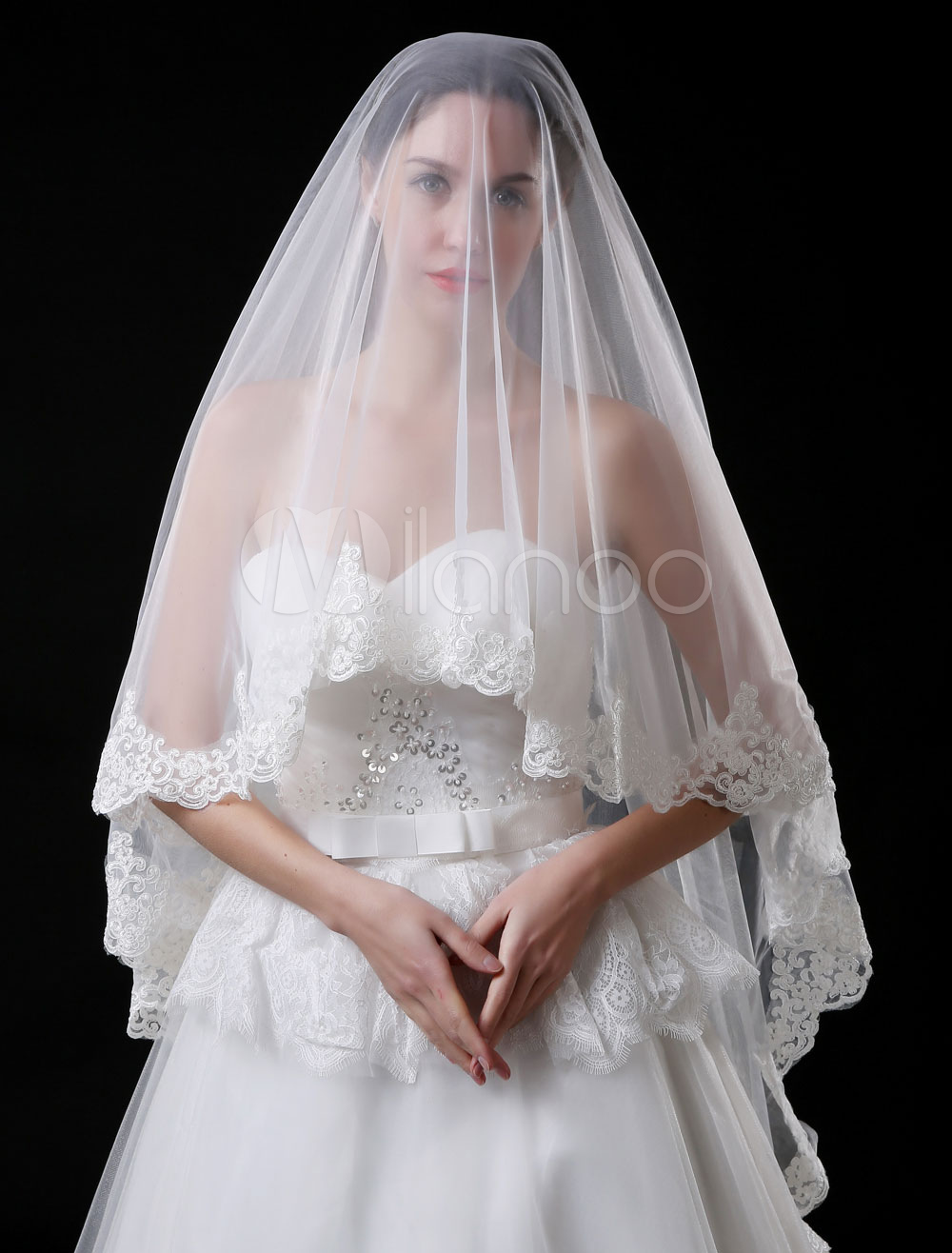 Buy Ivory Wedding Veil Tulle Oval Lace Applique One Tier Bridal Veil for $15.99 in Milanoo store