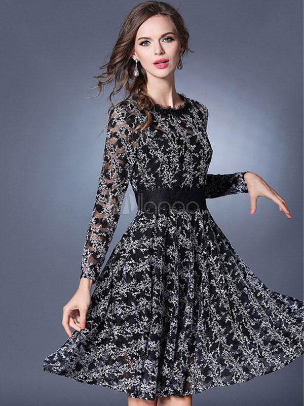 ee093bd0b4b8 Abito plissettato nero intrecciato medio di pizzo maniche lunghe con scollo  tondo modellante con pizzo donna ...