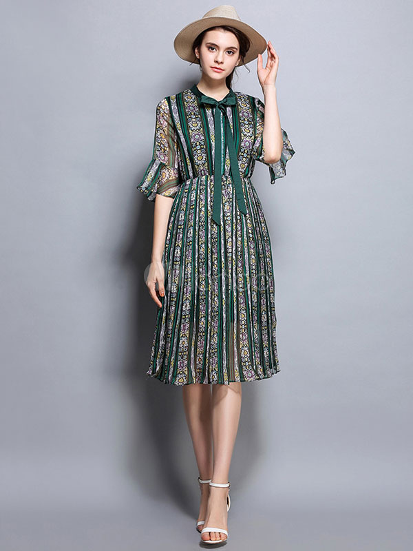 Buy Green Skater Dress Chiffon Designed Neckline Bell Half Sleeve Printed Flare Dress for $37.99 in Milanoo store
