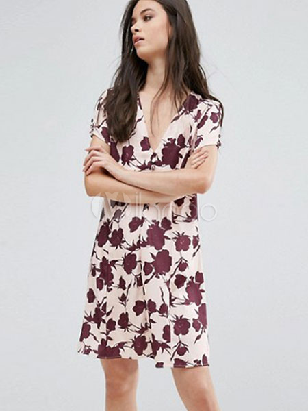 Buy Women's Shift Dress Plus Size V Neck Short Sleeve Floral Printed Mahogany Short Dress for $23.74 in Milanoo store