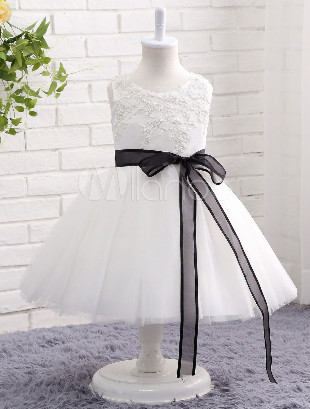 Buy Princess Flower Girl Dress Ivory Tulle Lace Sleeveless Knee Length Toddler's Pageant Dress With Black Sash for $60.29 in Milanoo store