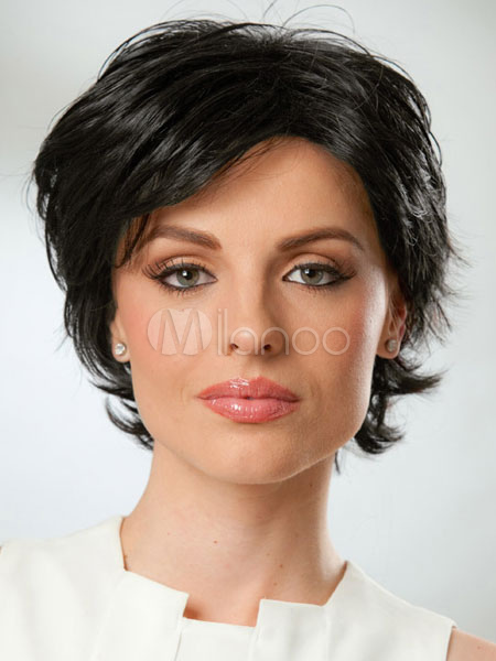 Black Human Hair Wigs Women's Layered Short Hair Wigs With Side Bangs