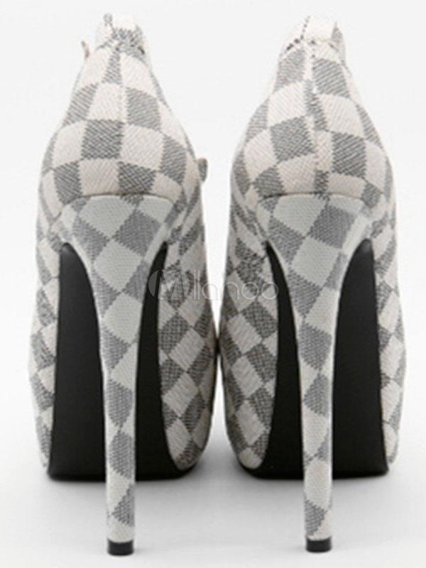 Zapatos de plataforma de PU de marfil Detalles metálicos con dibujo de cuadros estilo moderno qyLKO
