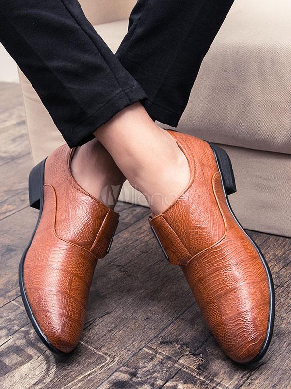 ... Zapatos de vestir de tacón gordo de puntera puntiaguada de PU Color  liso Detalles metálicos estilo 0551f040bafe