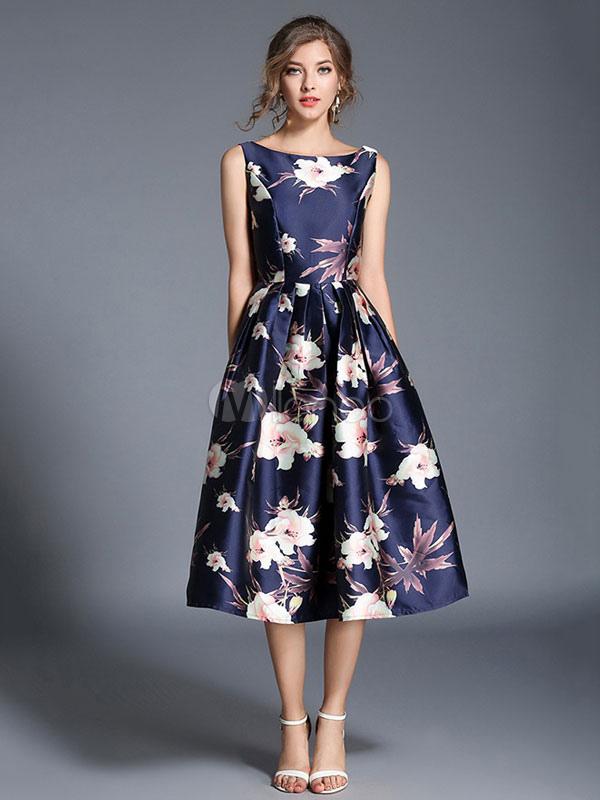 3df6d4560 Vestido plisado de Acetato azul con escote redondo sin mangas con estampado  con pliegues estilo moderno ...