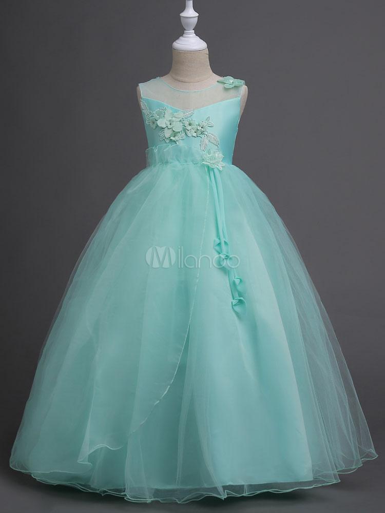 Outfit vestido verde menta
