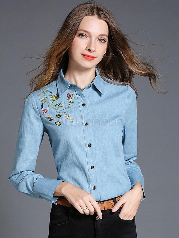 df86265748 ... Blusa de tela vaquera Color celeste de cuello vuelto con manga larga  con bordado urbana- ...