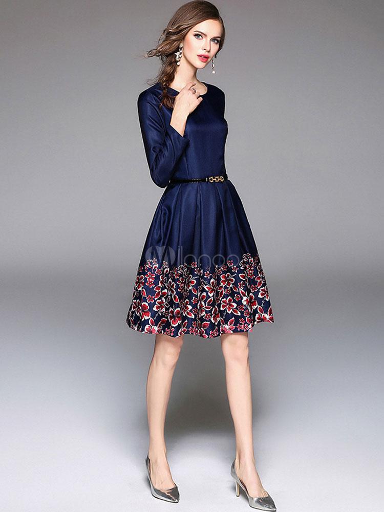 e97886ebb ... Vestido plisado de Acetato azul con escote redondo con manga larga con  estampado con pliegues estilo ...