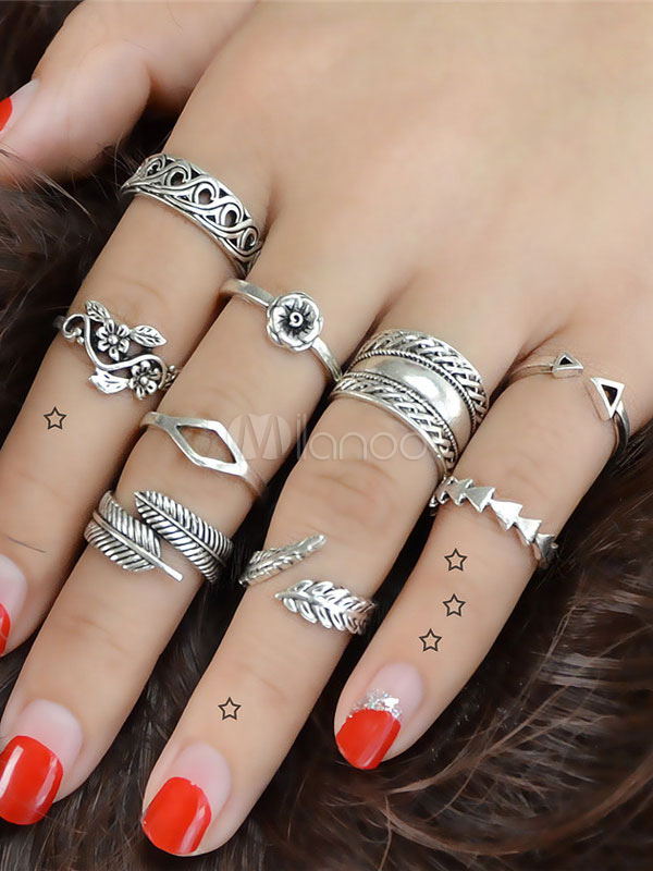 Women Finger Ring Ethnic Floral Leaf Embossed Silver Ring Set In 9 Piece