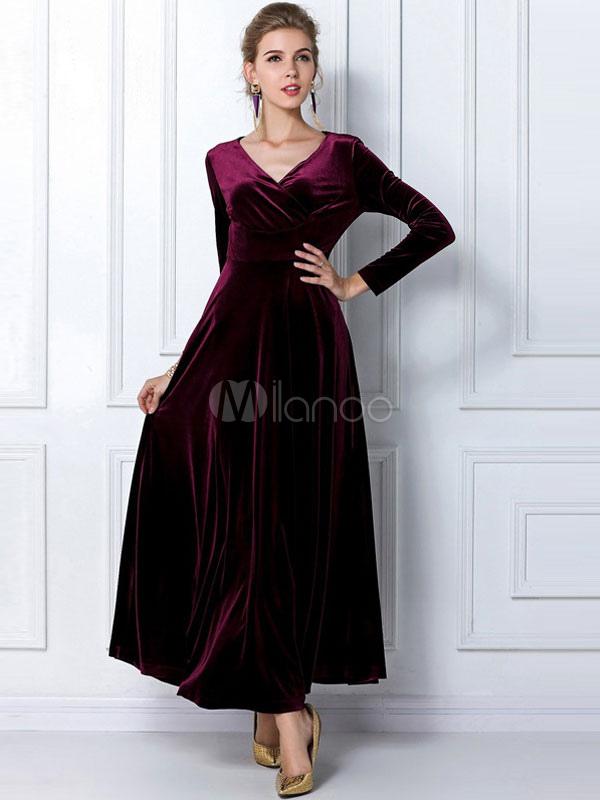robe longue en velours de soie unicolore moulant col v. Black Bedroom Furniture Sets. Home Design Ideas