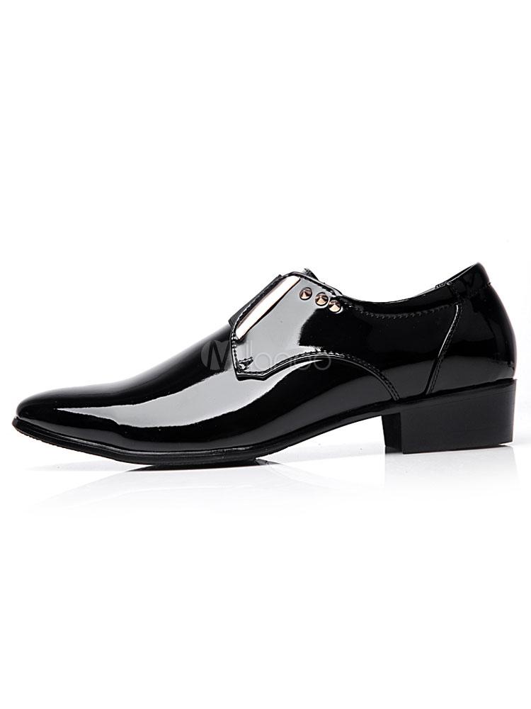 Zapatos de vestir de tacón gordo de puntera puntiaguada de PU Color liso con remache para hombre Otoño vbpqNr29