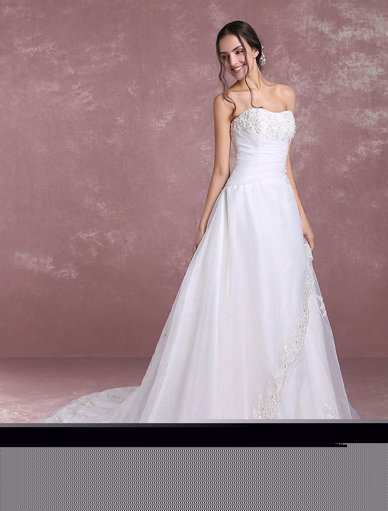 Strapless Wedding Dresses Lace Applique Ivory Bridal Dresses Satin Tulle Pleated Wedding Gown With Train