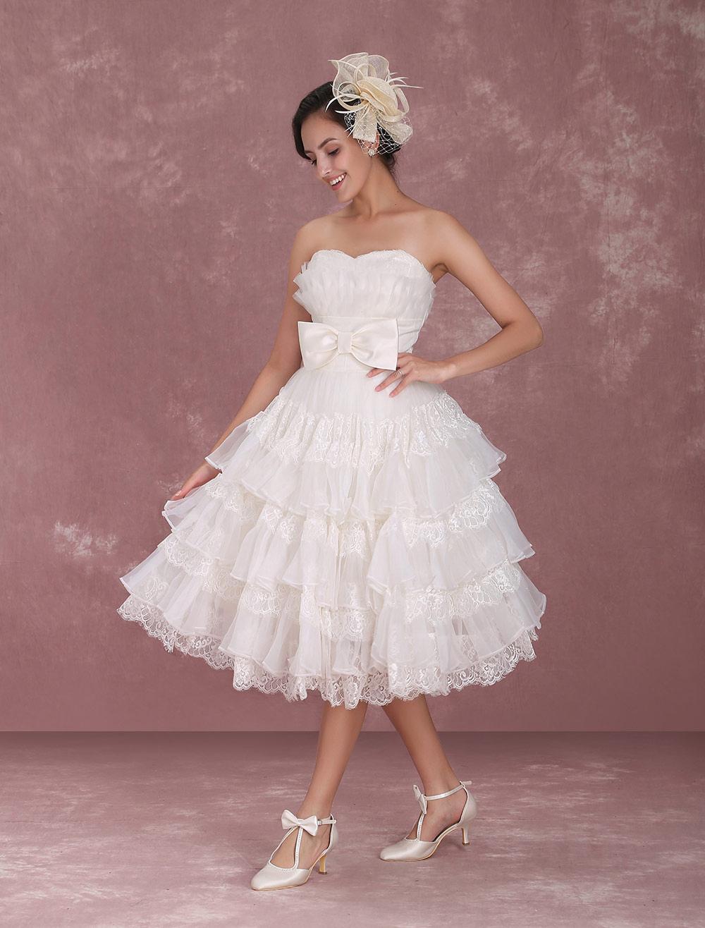 b73d41375c2 ... Robe de mariée gracieuse A-ligne ivoire en organza multicouche effet  encolure coeur Milanoo- ...