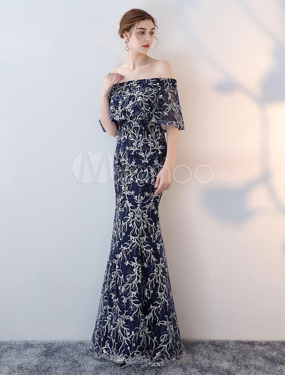 c4f03cfd3 Vestido de noche de color azul marino oscuro con 1 2 manga con escote barco  ...