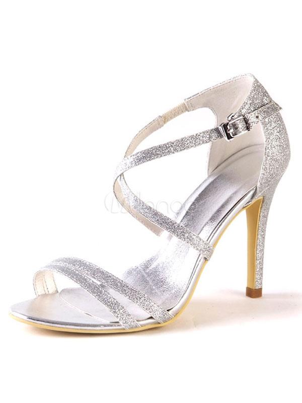 zapatos de novia de color plata con tacones altos sandalias con