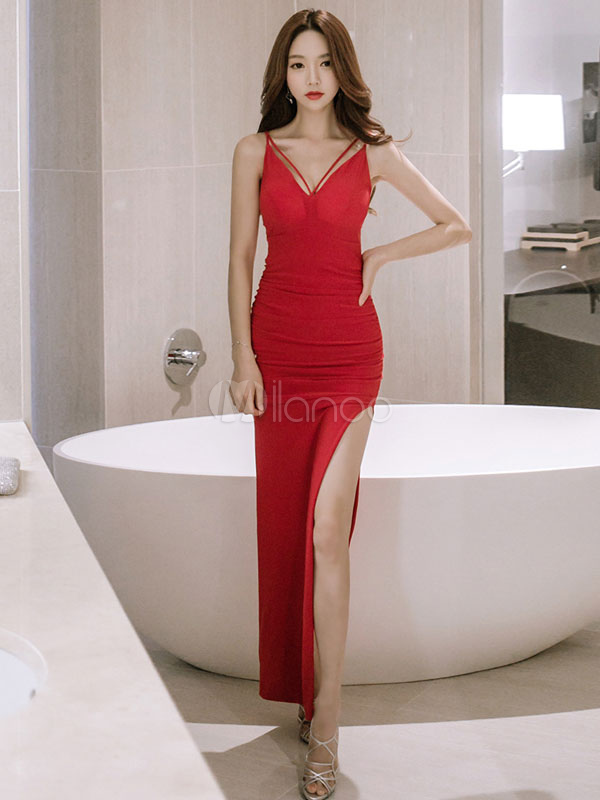 Buy Women Maxi Dress Red Formal Dress Strappy V Neck Sleeveless Slit Long Evening Dress for $25.49 in Milanoo store