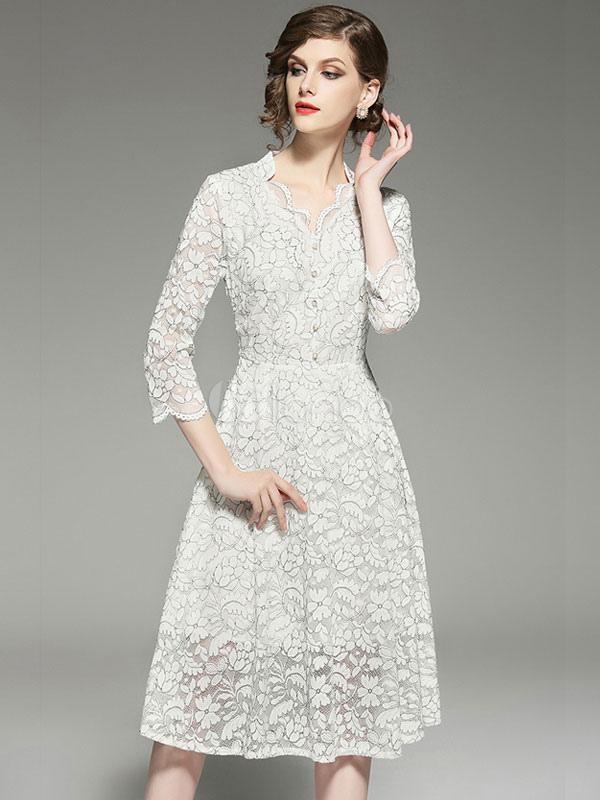 Vestido de encaje blanco de manga larga con cuello en V manga tres ...
