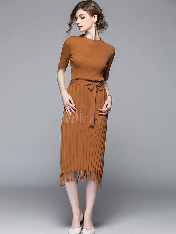 Women Two Piece Set Short Sleeve Crewneck Brown Top With Fringe Skirt