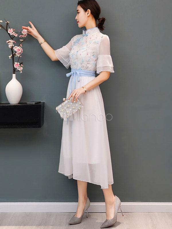 2e58ca7ec1 ... Vestido de verano de estilo chino de gasa bordada de media manga larga  vestido blanco- ...
