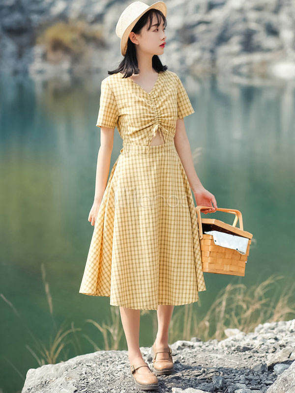 Vintage Summer Dress V Neck Short Sleeve Cut Out Plaid Yellow Long Dress