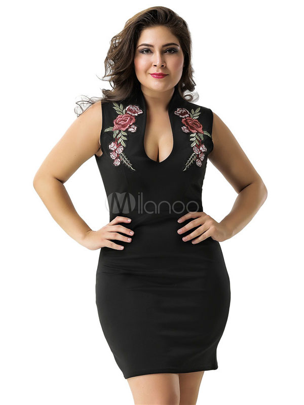 Plus Size Black Bodycon Dress Plunging Neck Embroidered Shaping Mini Dress