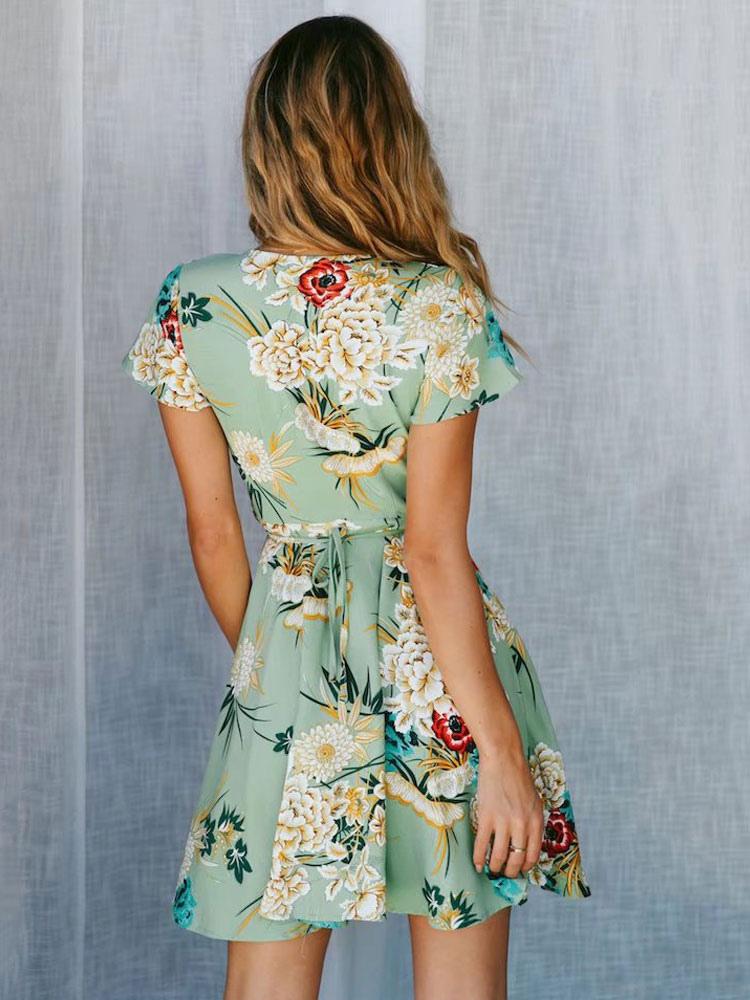 Floral skater kleid v ausschnitt kurzarm gr n sommerkleid - Sommerkleid v ausschnitt ...