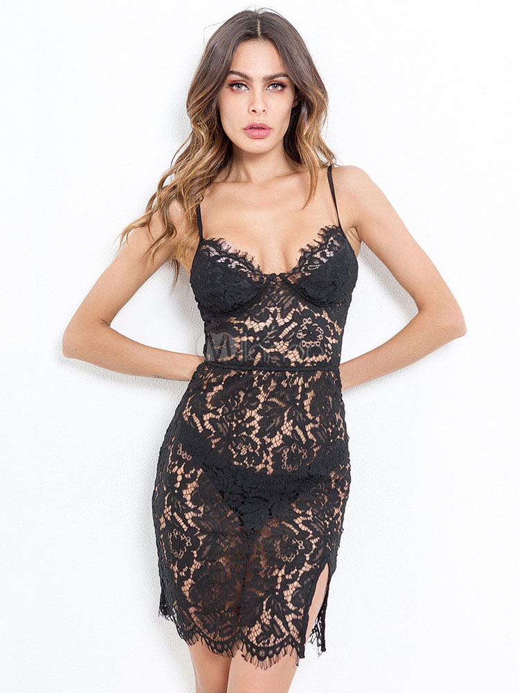 a05c6a0b032ff6 Robe sexy en dentelle noire semi-transparente