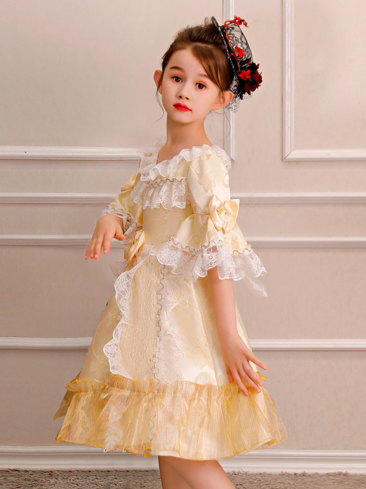... Crianças Retro Traje de Halloween Meninas Rococó Vestido Loira Ruffles  Lace Bows Meia Manga Vestido Vintage ... a4be6c3802