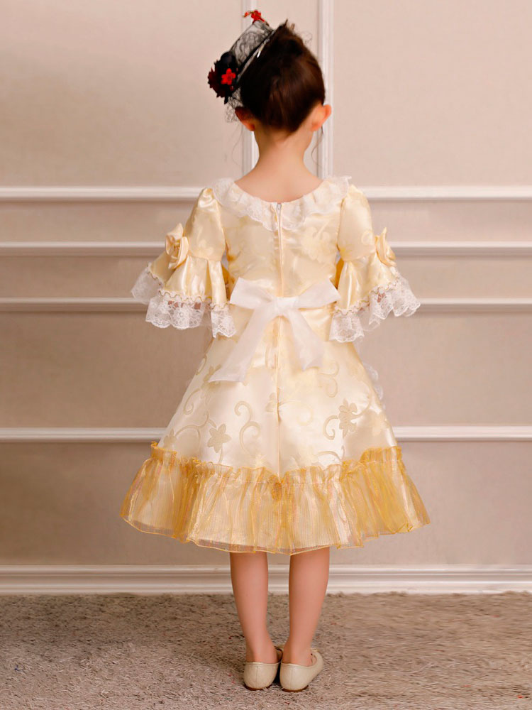 ... Crianças Retro Traje de Halloween Meninas Rococó Vestido Loira Ruffles  Lace Bows Meia Manga Vestido Vintage c01a45b61e