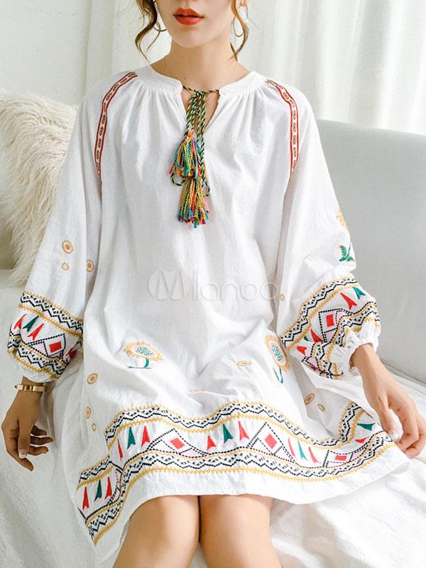 save off 7f6fe 0444a Weißes Boho Kleid Langarm Kleid Ethnische bestickte Quasten Etuikleid
