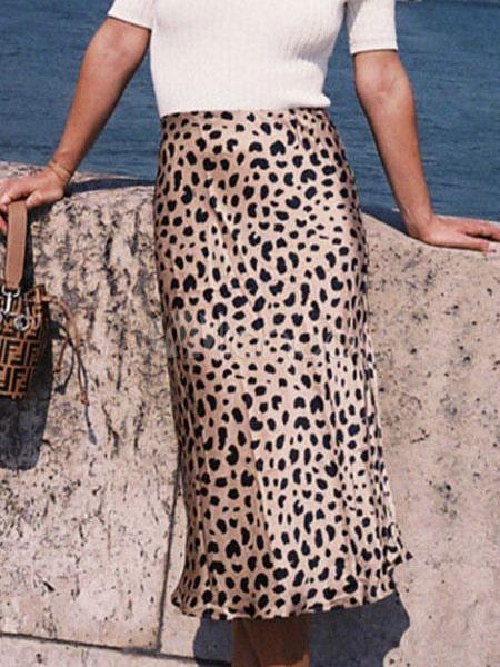 268bece4f Falda larga de leopardo con cintura alta