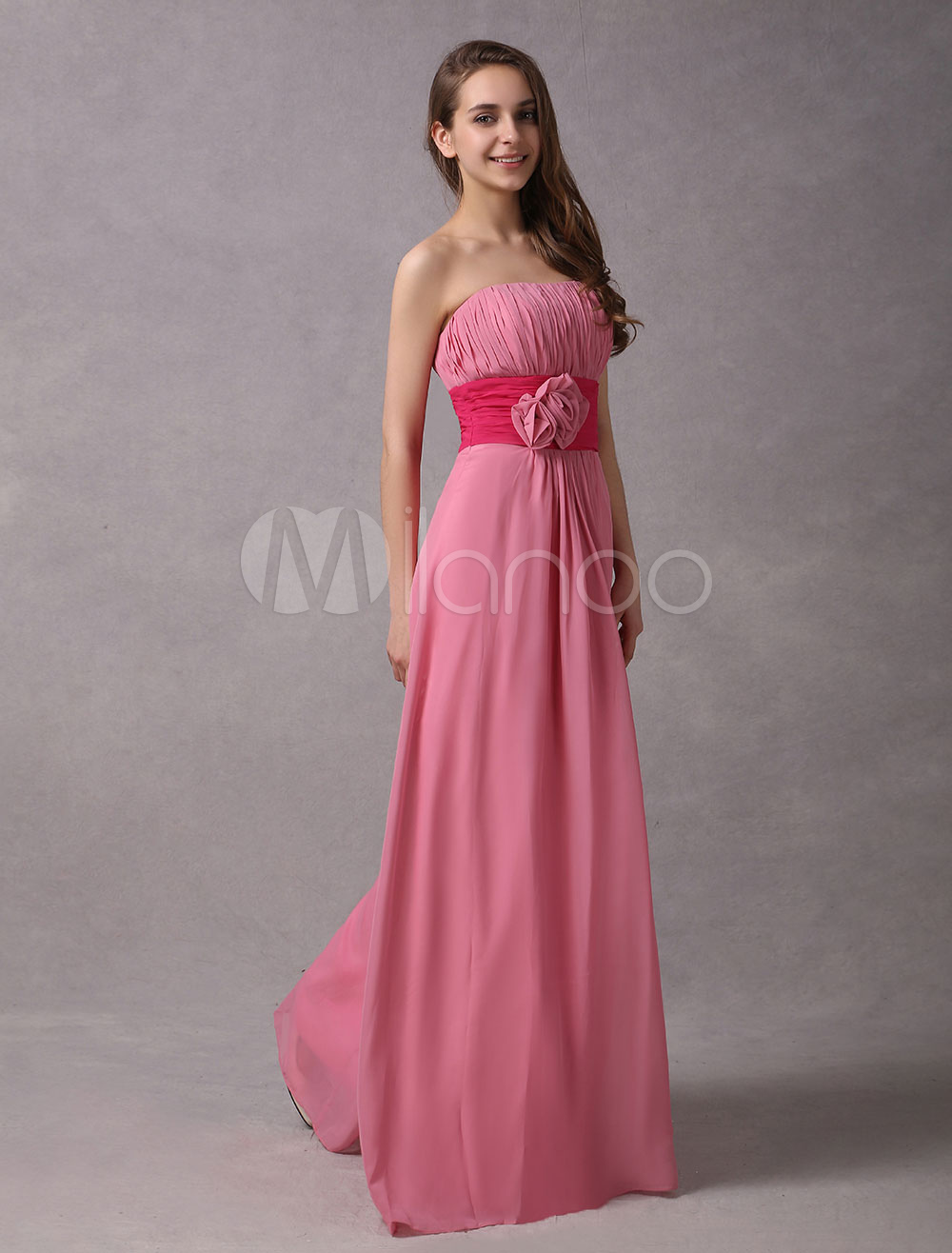 Vestidos de dama de honor rosa Vestido largo sin tirantes de la gasa ...