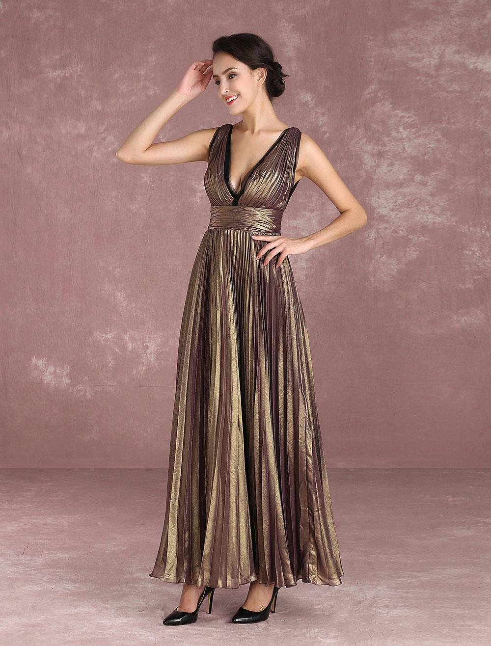 Kleid mit eingebautem bh und v ausschnitt und senkrechten - Kleider milanoo ...