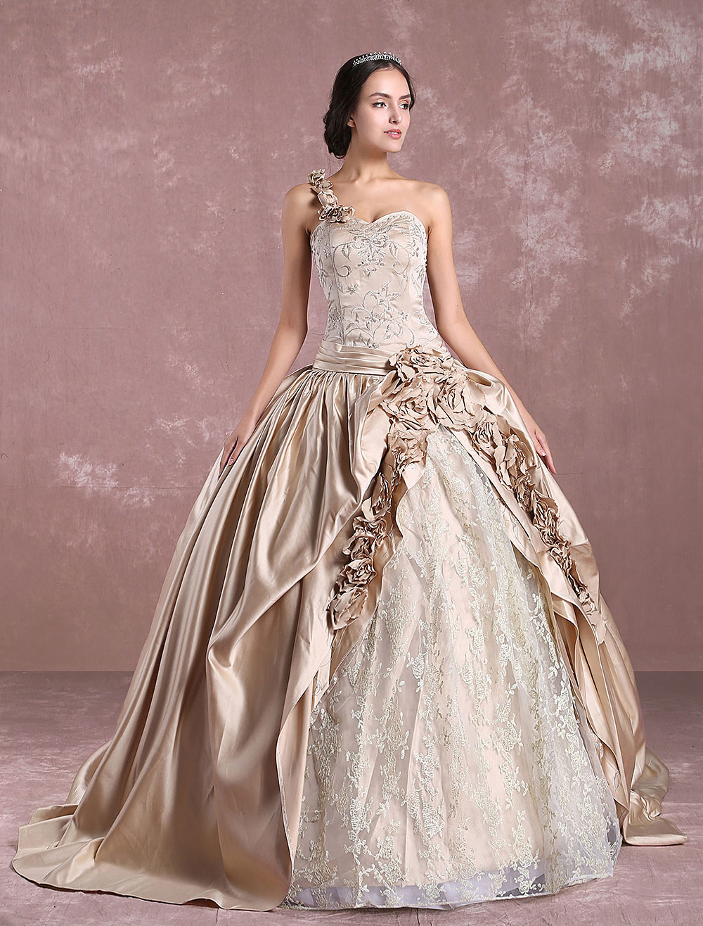 robe de mari e princesse 2018 champagne victoria robe de mari e une paule dentelle brod e robe. Black Bedroom Furniture Sets. Home Design Ideas