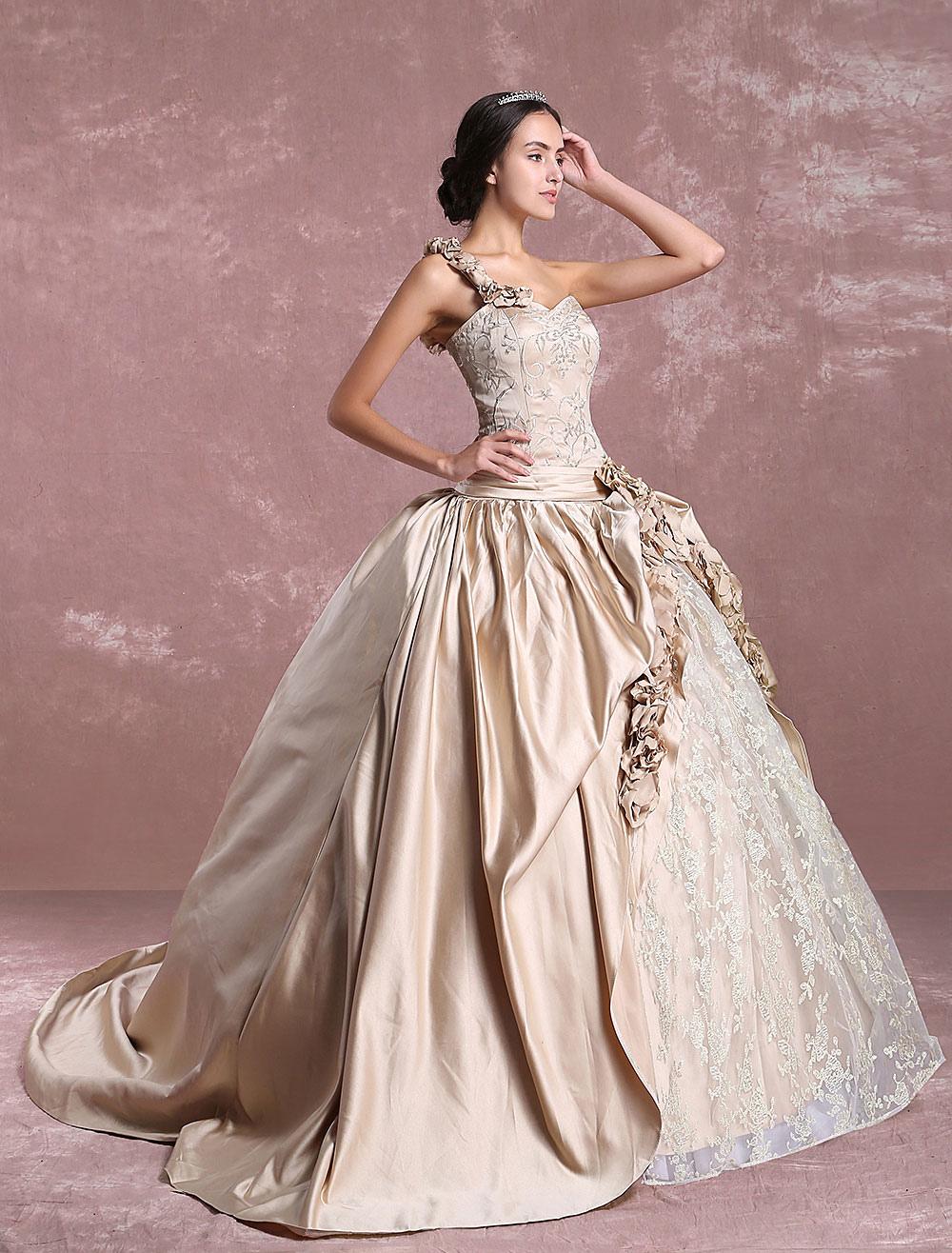 4c20e52b9ad6a ... プリンセスウェディングドレス シャンパン ビクトリア ブライダルドレス ワンショルダー レース 刺繍 サテン 結婚式 ...