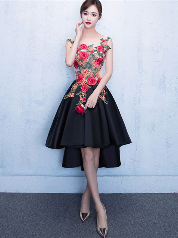 Black Prom Dresses 2018 Short Floral Print Homecoming Dress High Low Flowers Applique Scoop Neckline Graduation Dress