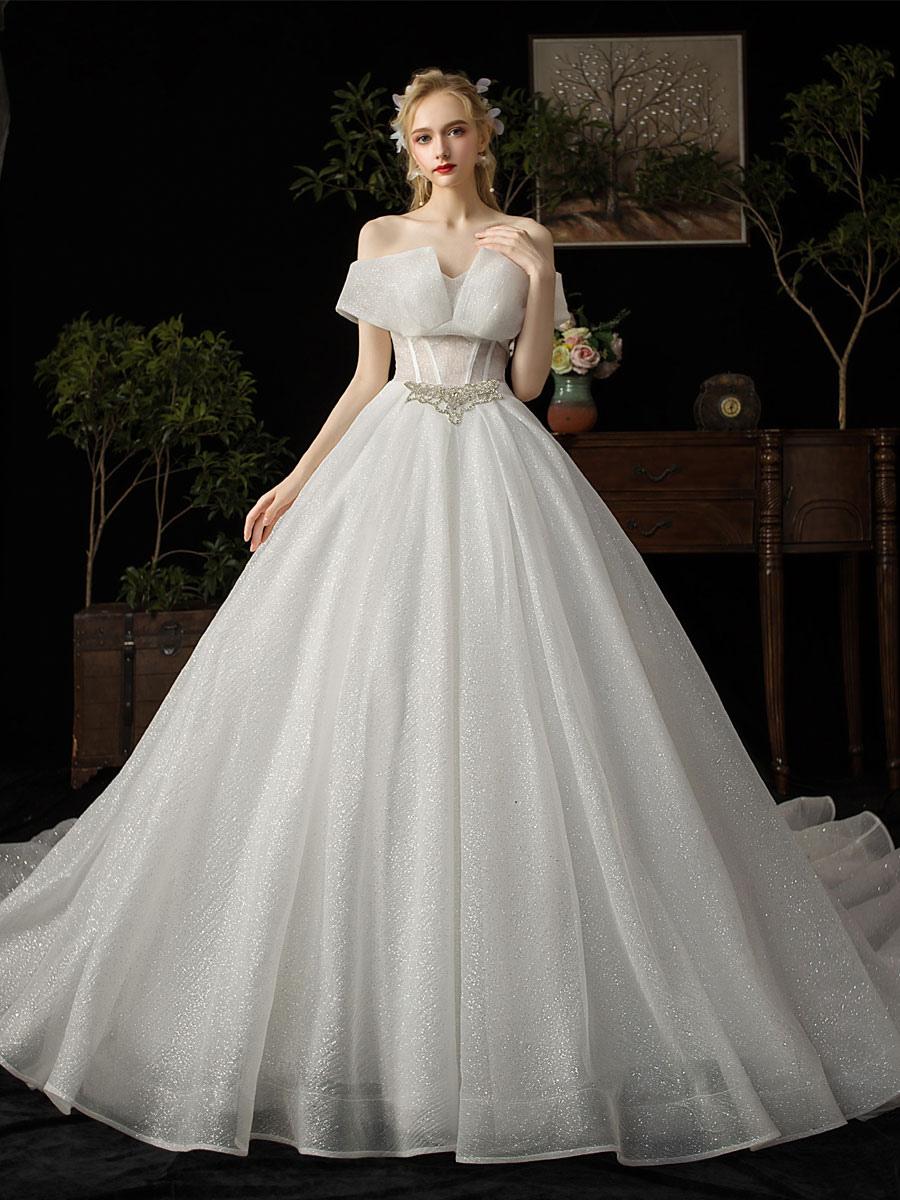 Robe De Mariée Princesse Bustier En Tulle Avec Train Robe De Mariée Luxe Perles Transparente Silhouette Cathédrale