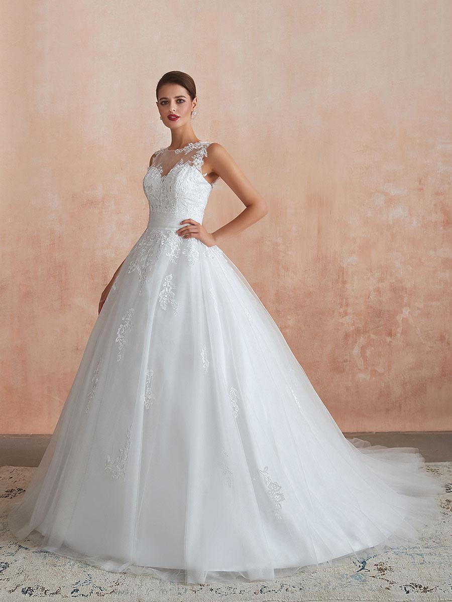 Hochzeitskleid 19 ärmellose Prinzessin Lace Perlen Tüll Brautkleid mit Zug