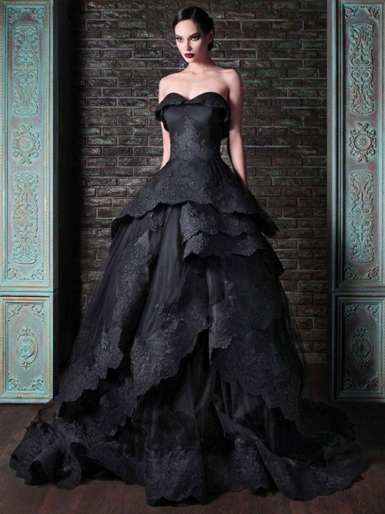 Vestiti Da Sposa Gotici.Abito Da Sposa Gotico In Raso Tessuto Principessa Silhouette Senza