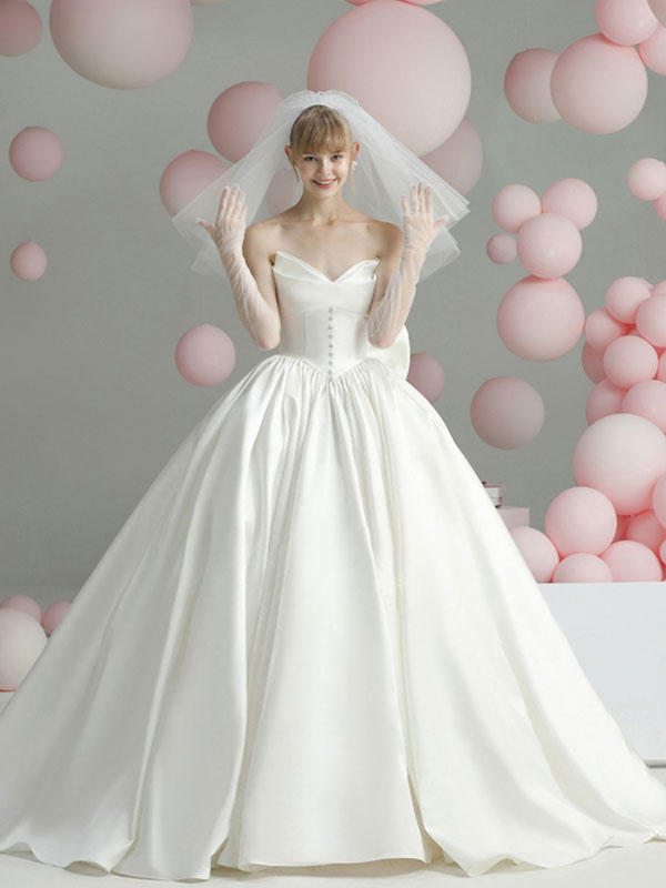 Vintage Wedding Dresses Cathedral Train Strapless Sleeveless Bows Satin Fabric Bridal Gowns Milanoo Com