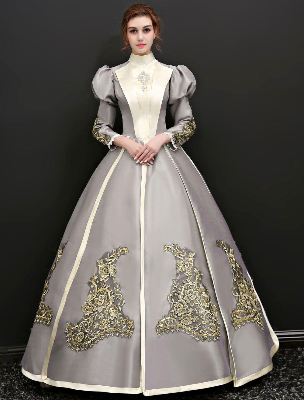 Victorian era clothing for women