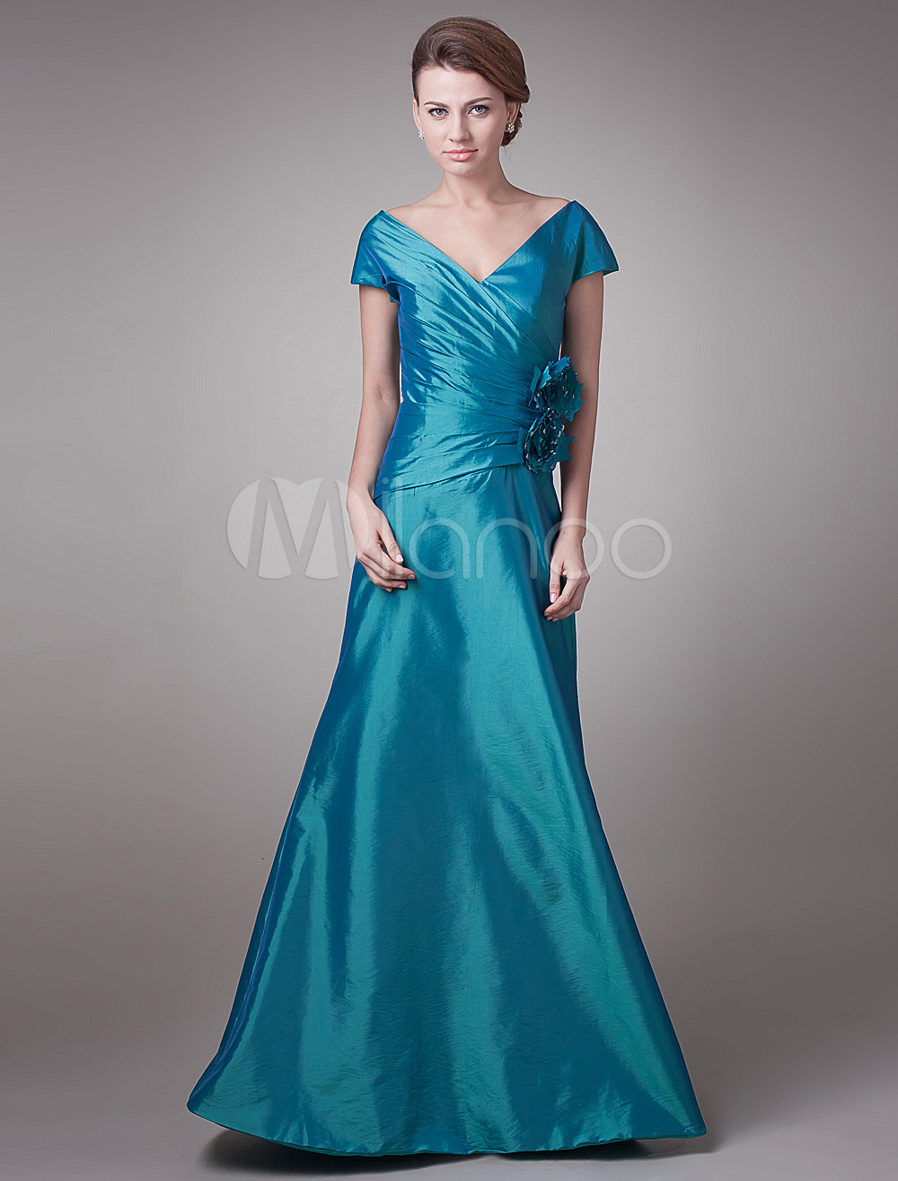 Vestido para la madre de la novia de tafetán de color verde de línea ...