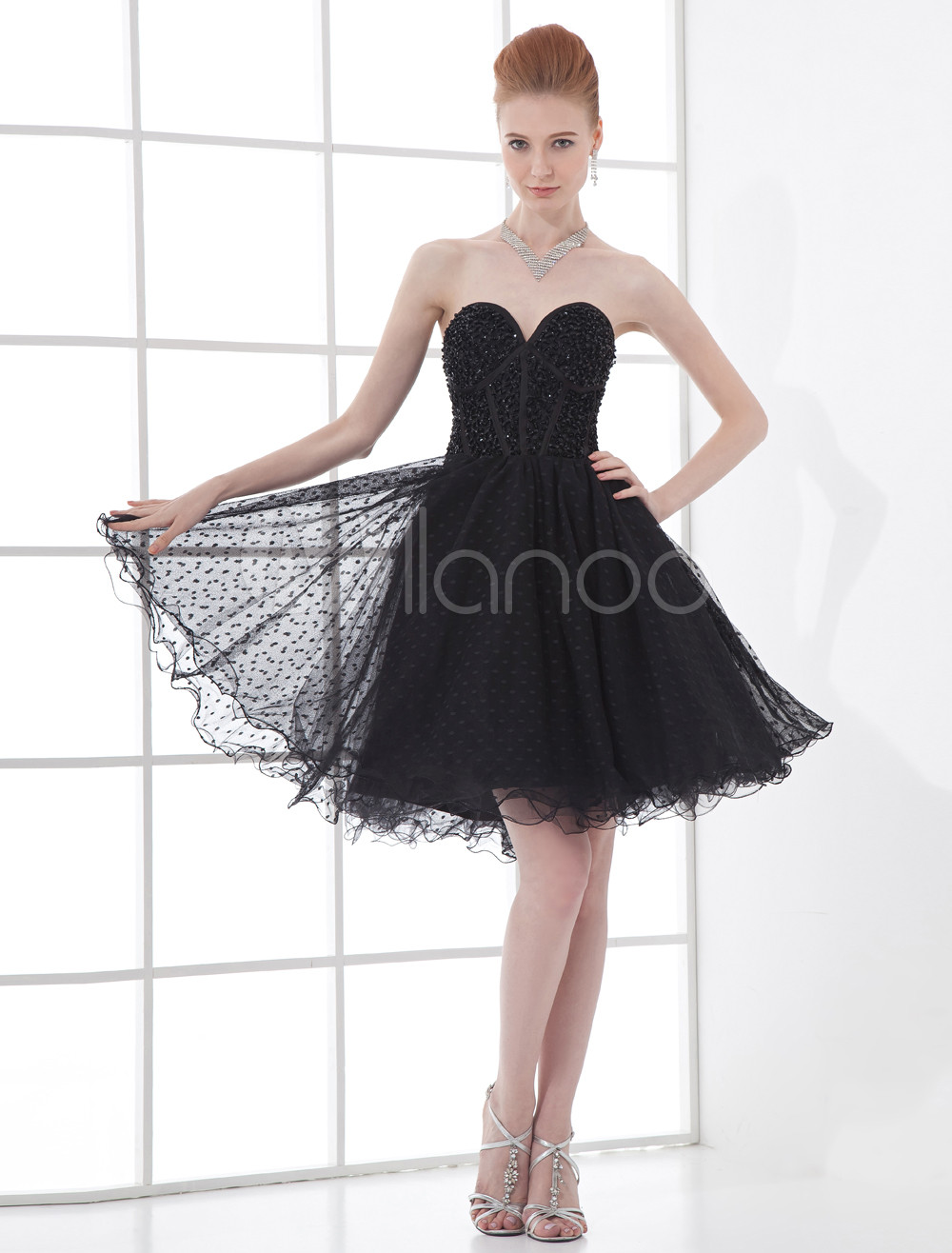A-line Black Tulle Sequin Sweetheart Knee-Length Women's Prom Dress