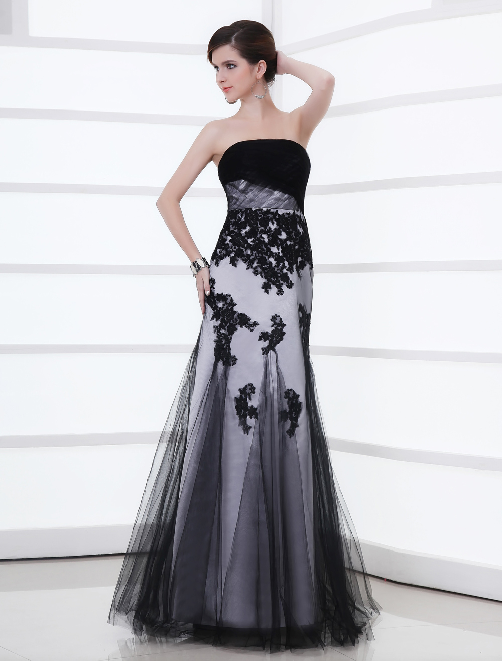 Black Wedding Dress Strapless Lace Applique Tulle Mermaid Gown