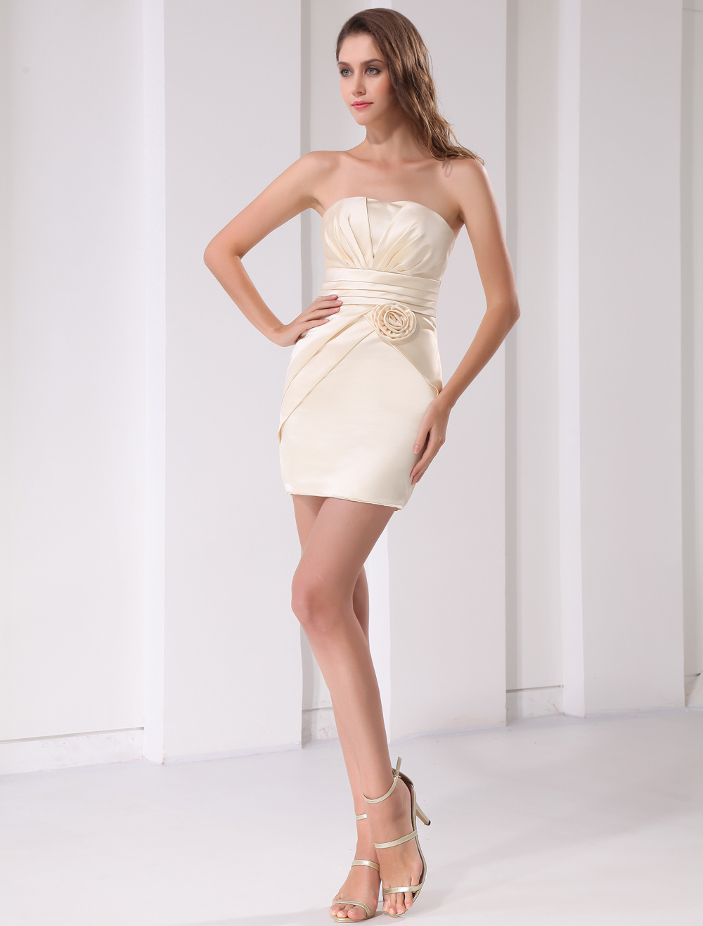 Short Gold Champagne Bridesmaid Dress With Strapless Sheath Flower