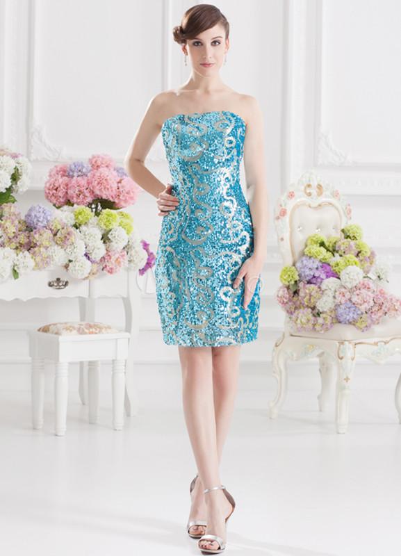 Vestidos de coctel azul cielo