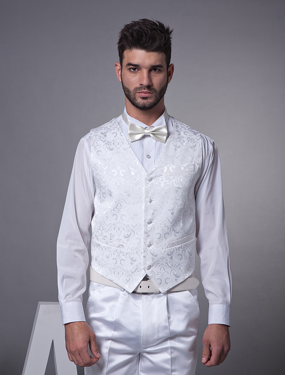 Floral White Satin Buttons V-Neck Tailored Wedding Groom Vest