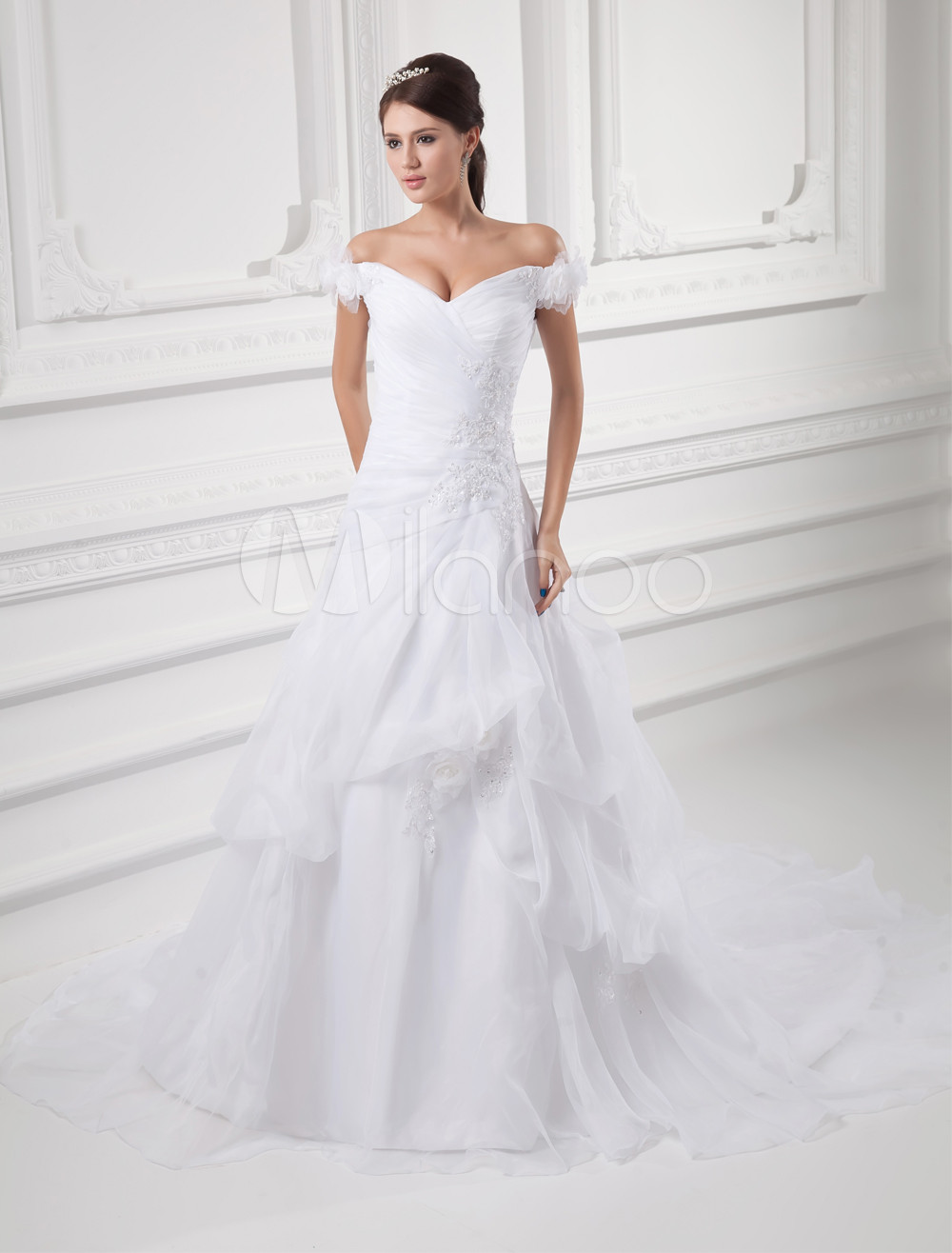 White A-Line Off-The-Shoulder Applique Organza Wedding Dress