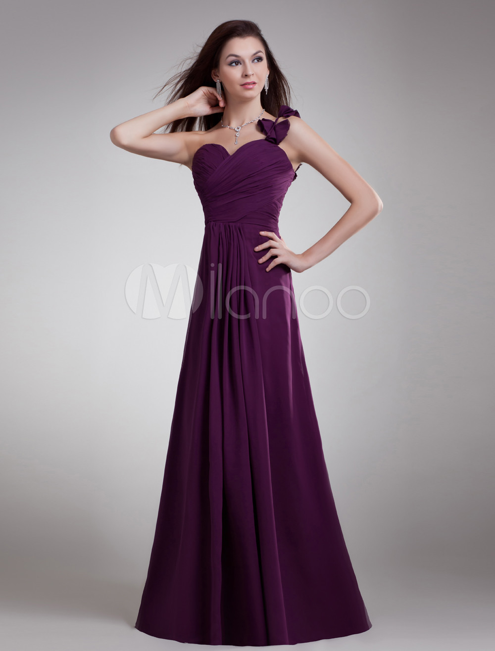 Buy Grape A-line Floor-Length Evening Dress with Charming Cascading Ruffle Sweetheart Neck for $117.79 in Milanoo store