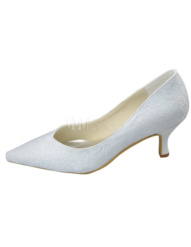 Graceful Pointed Toe White Lace Kitten Heel Bridal Shoes - Milanoo.com